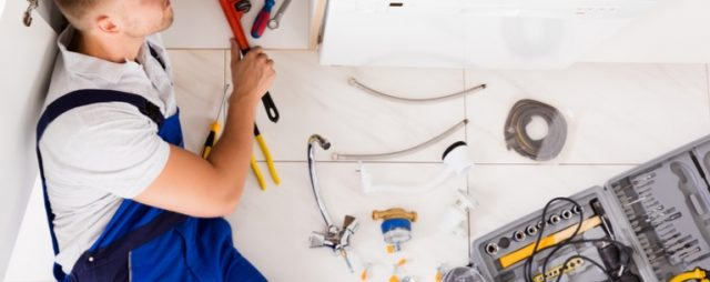 IT'S BENEFICIAL TO HIRE A LICENSED PLUMBER